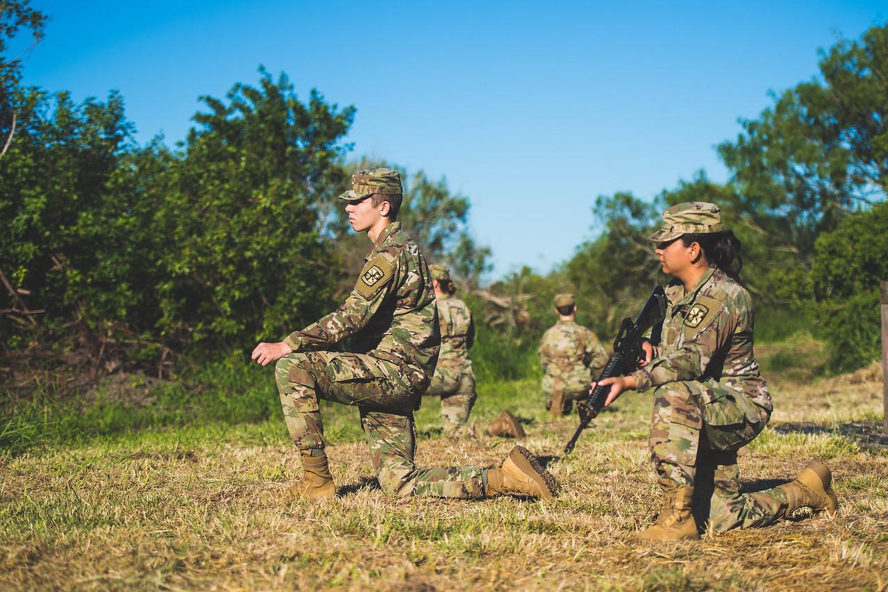 2018_1102-ROTC-Drills-0428