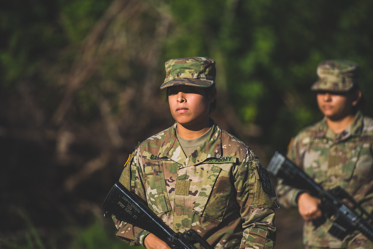 2018_1102-ROTC-Drills-0438