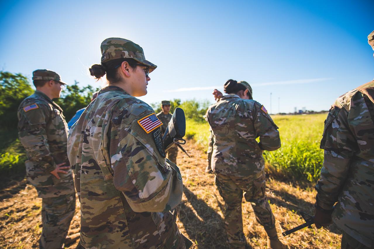 2018_1102-ROTC-Drills-9308