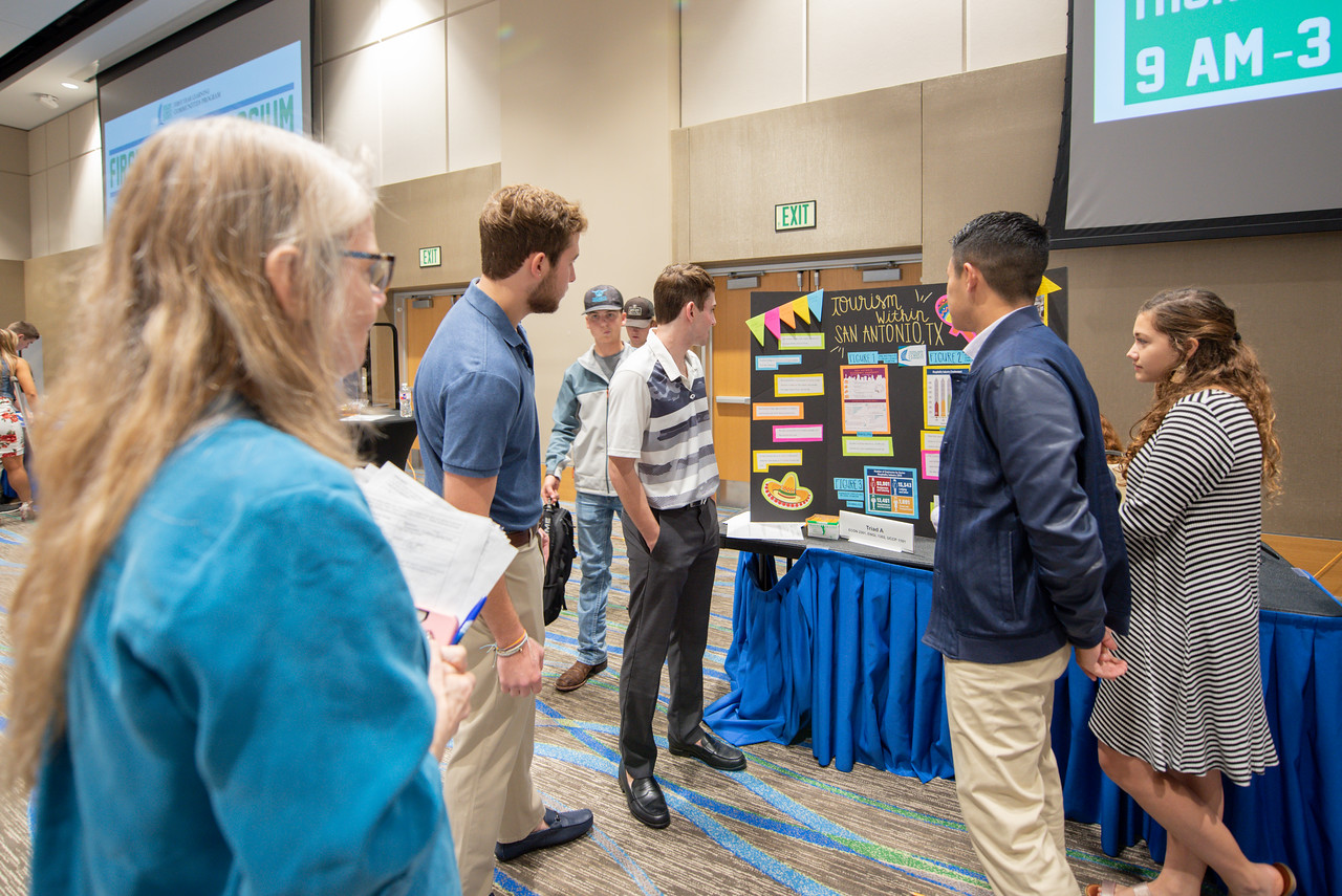 2018_1129_FirstYearSymposium-0766