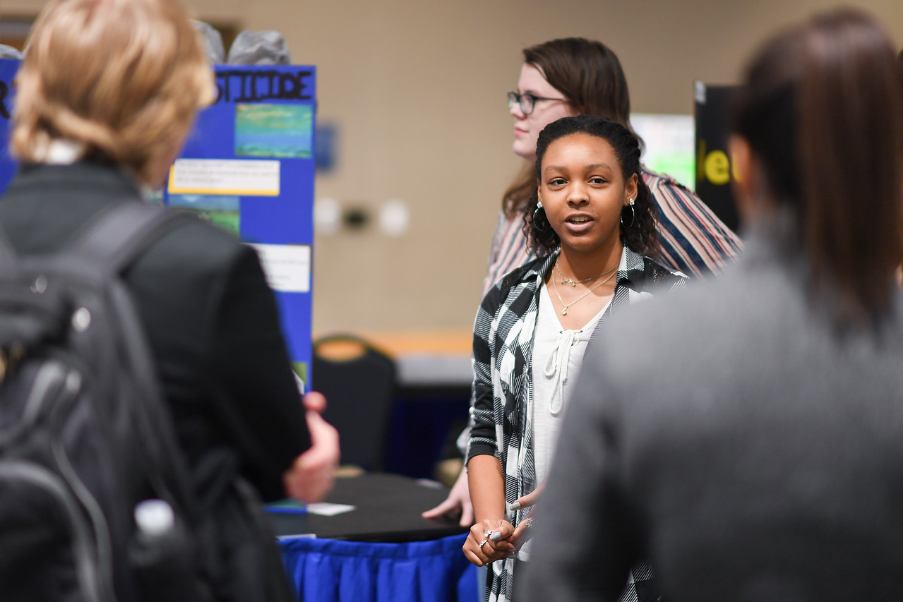 2018_1129_FirstYearSymposium-4902