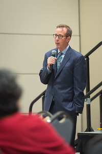 2019_0328-CoNHS-LeadershipLectureSeries-8552