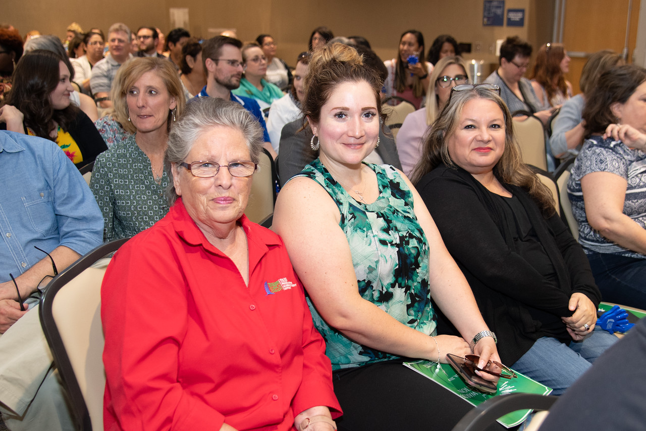 2019_0426-EmployeeAwards-5729