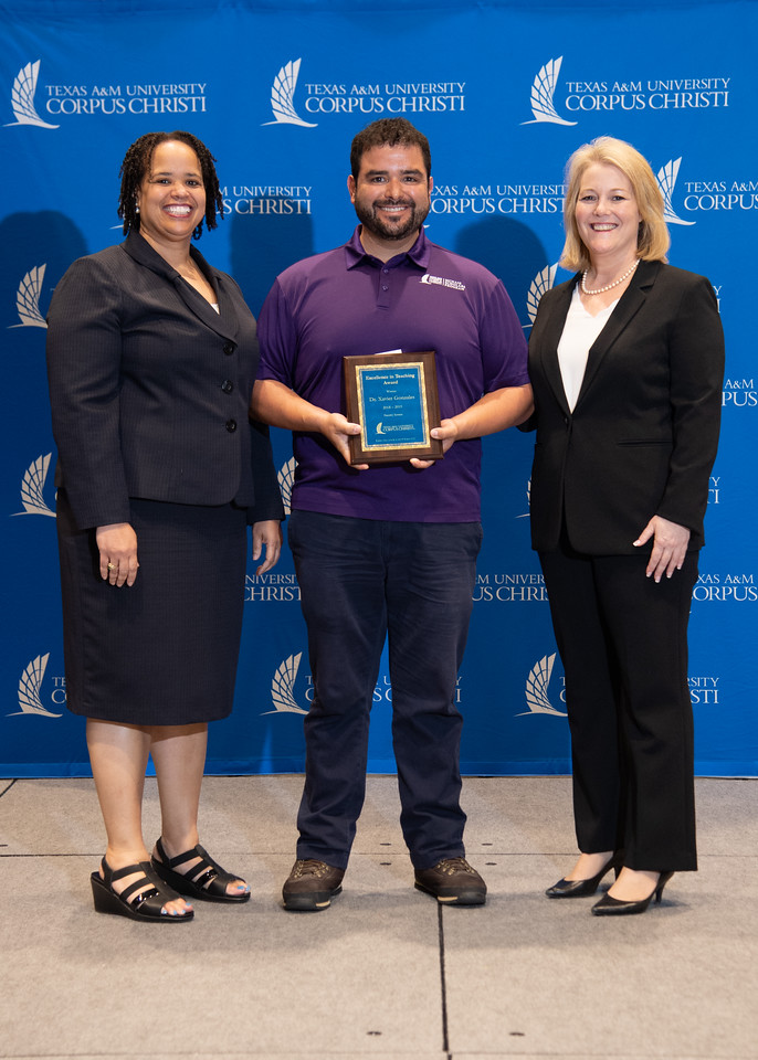 2019_0426-EmployeeAwards-5787