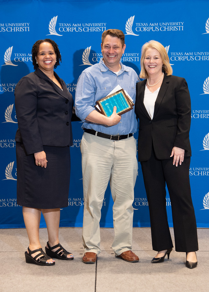 2019_0426-EmployeeAwards-5802