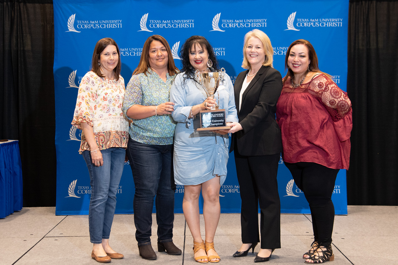 2019_0426-EmployeeAwards-5827