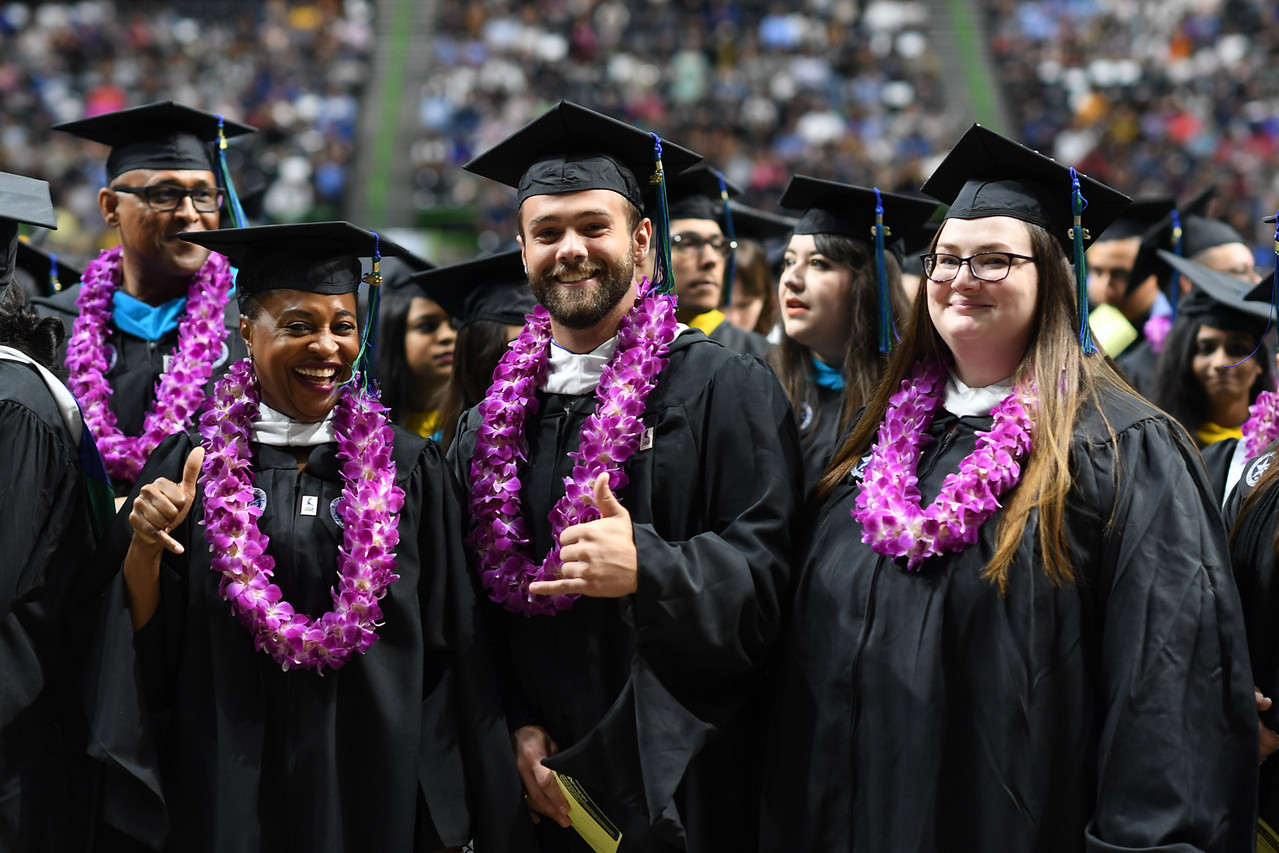 2019_0511-SpringCommencement-LowREs-9523
