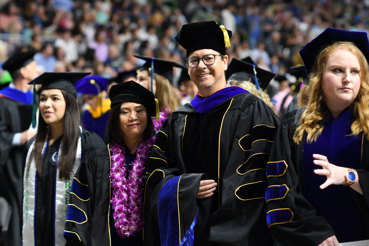 2019_0511-SpringCommencement-LowREs-9526