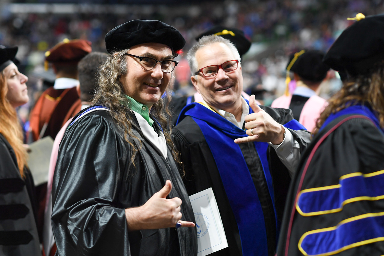 2019_0511-SpringCommencement-LowREs-9540