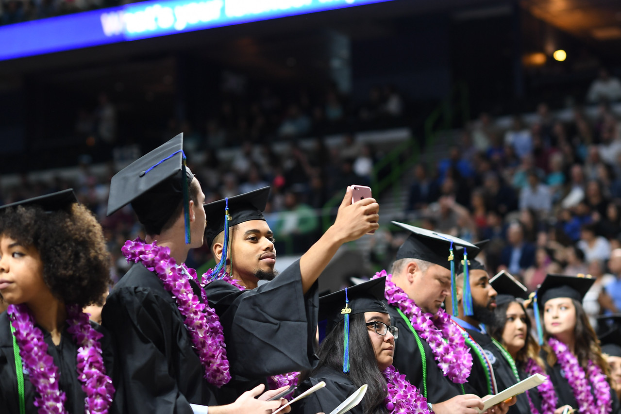 2019_0511-SpringCommencement-LowREs-9509