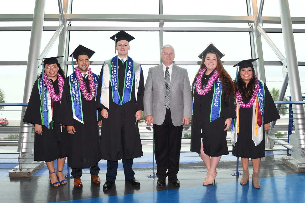2019_0511-SpringCommencement-LowREs-9379