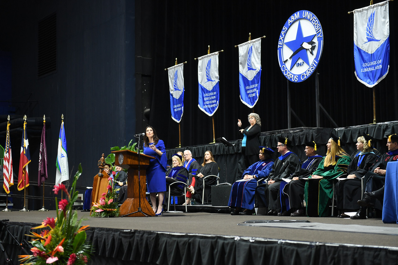 2019_0511-SpringCommencement-LowREs-9611