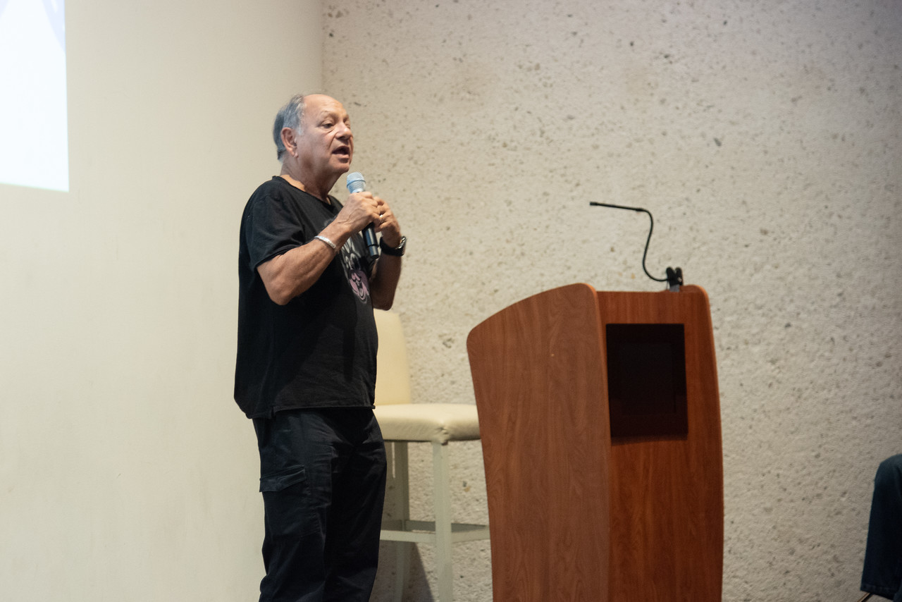 2019_0806-CheechMarin-1149