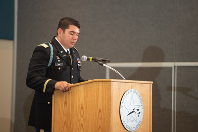 TAMU-CC Islander Army ROTC honors Distinguished Military Graduate 2LT Julian Del Rosario during the 2019 Summer Commissioning Ceremony.