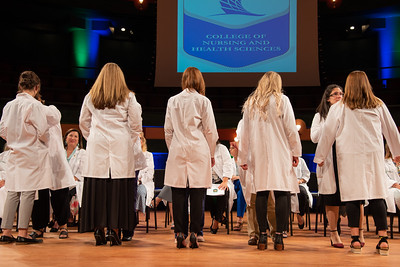 2019_0917-WhiteCoatCeremony-2421