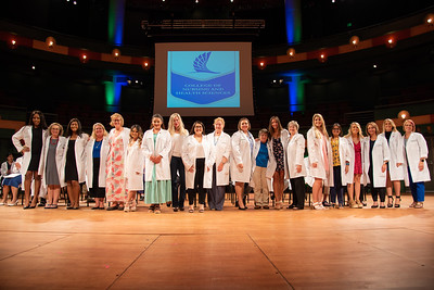 2019_0917-WhiteCoatCeremony-2411