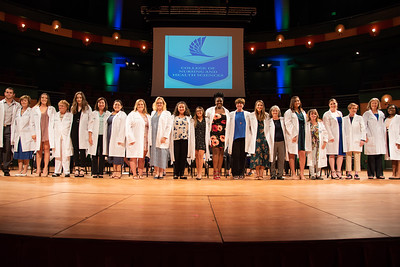2019_0917-WhiteCoatCeremony-2407