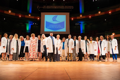 2019_0917-WhiteCoatCeremony-2409