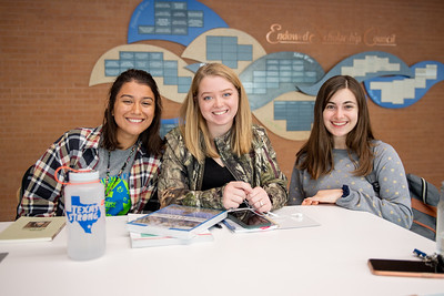 Students Isa Olson(left), Riley Gano, and Cara DeGaish hang out in the Tejas Lounge.