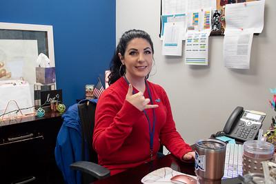 2020_1113 Veterans Celebration Week Wear Red-DX5_4461