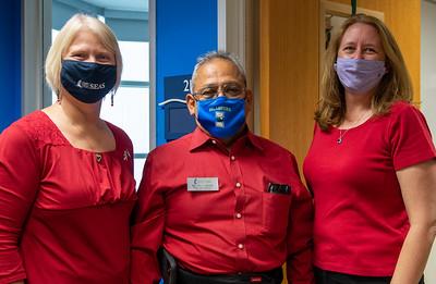 2020_1113 Veterans Celebration Week Wear Red-DX5_4407