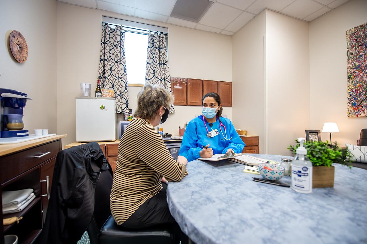 2021_0423-NursingSimulationApartment-MM-8315