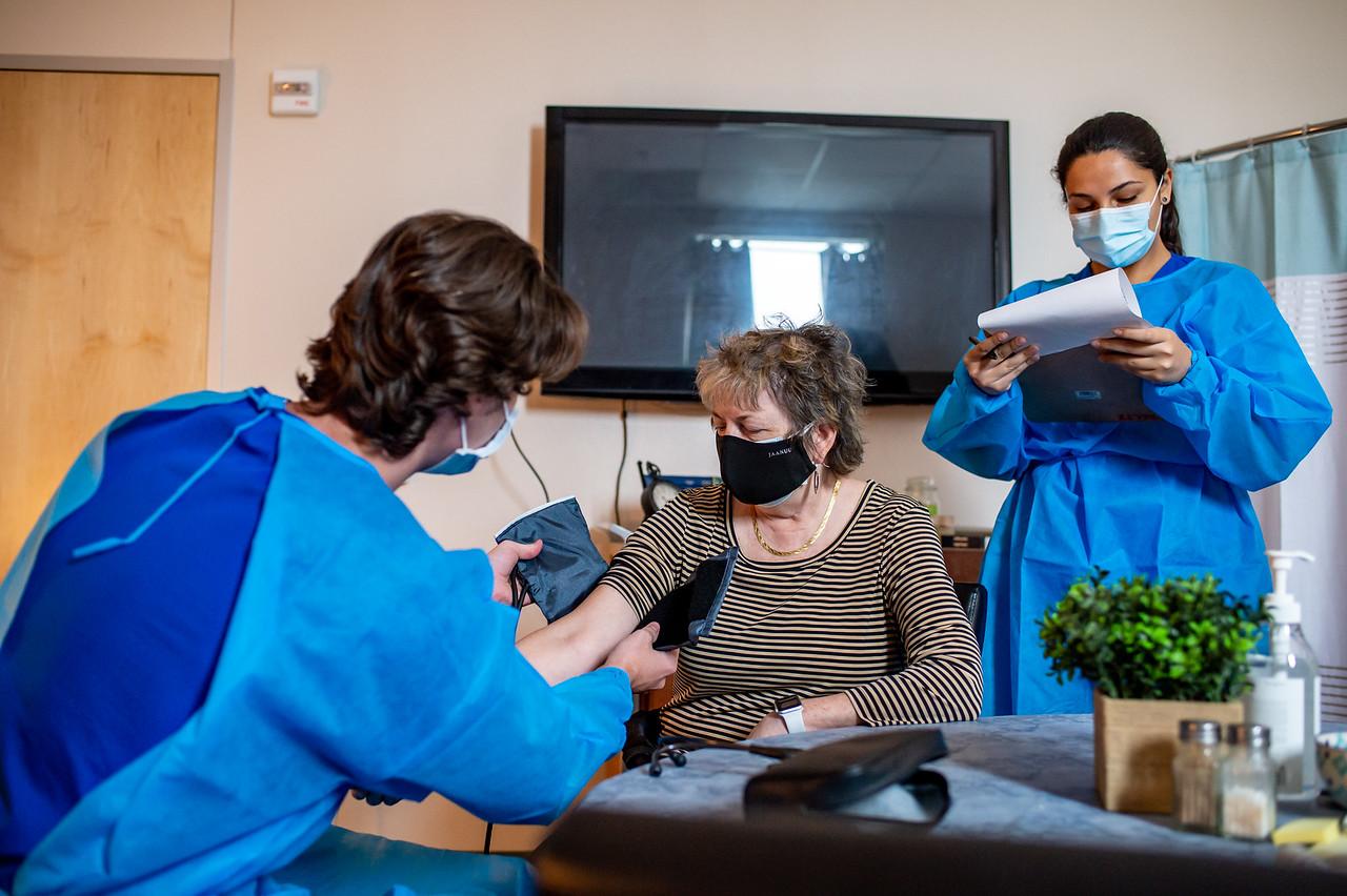 2021_0423-NursingSimulationApartment-MM-8268