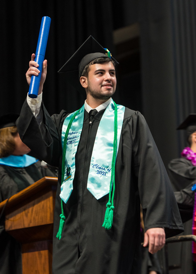 20210515_Commencement-WW-6110