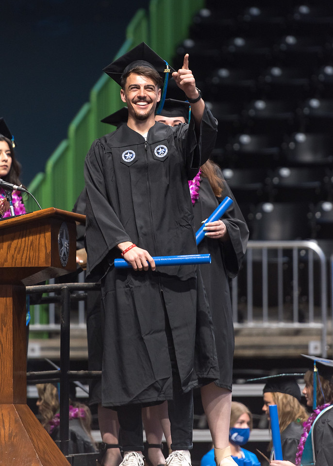 20210515_Commencement-WW-5879