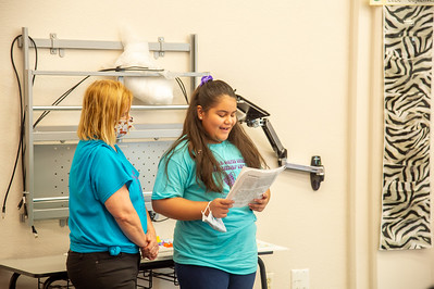 2021_0625-YoungAuthorsCamp-mm-1053