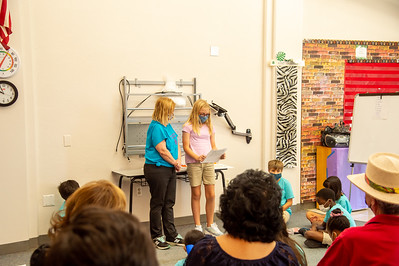 2021_0625-YoungAuthorsCamp-mm-1064