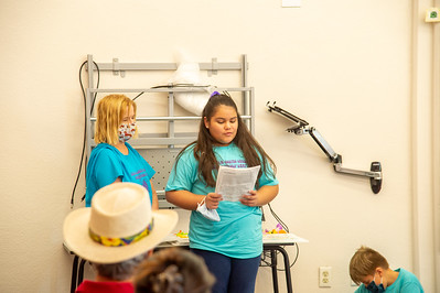 2021_0625-YoungAuthorsCamp-mm-1051