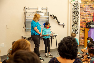 2021_0625-YoungAuthorsCamp-mm-1057