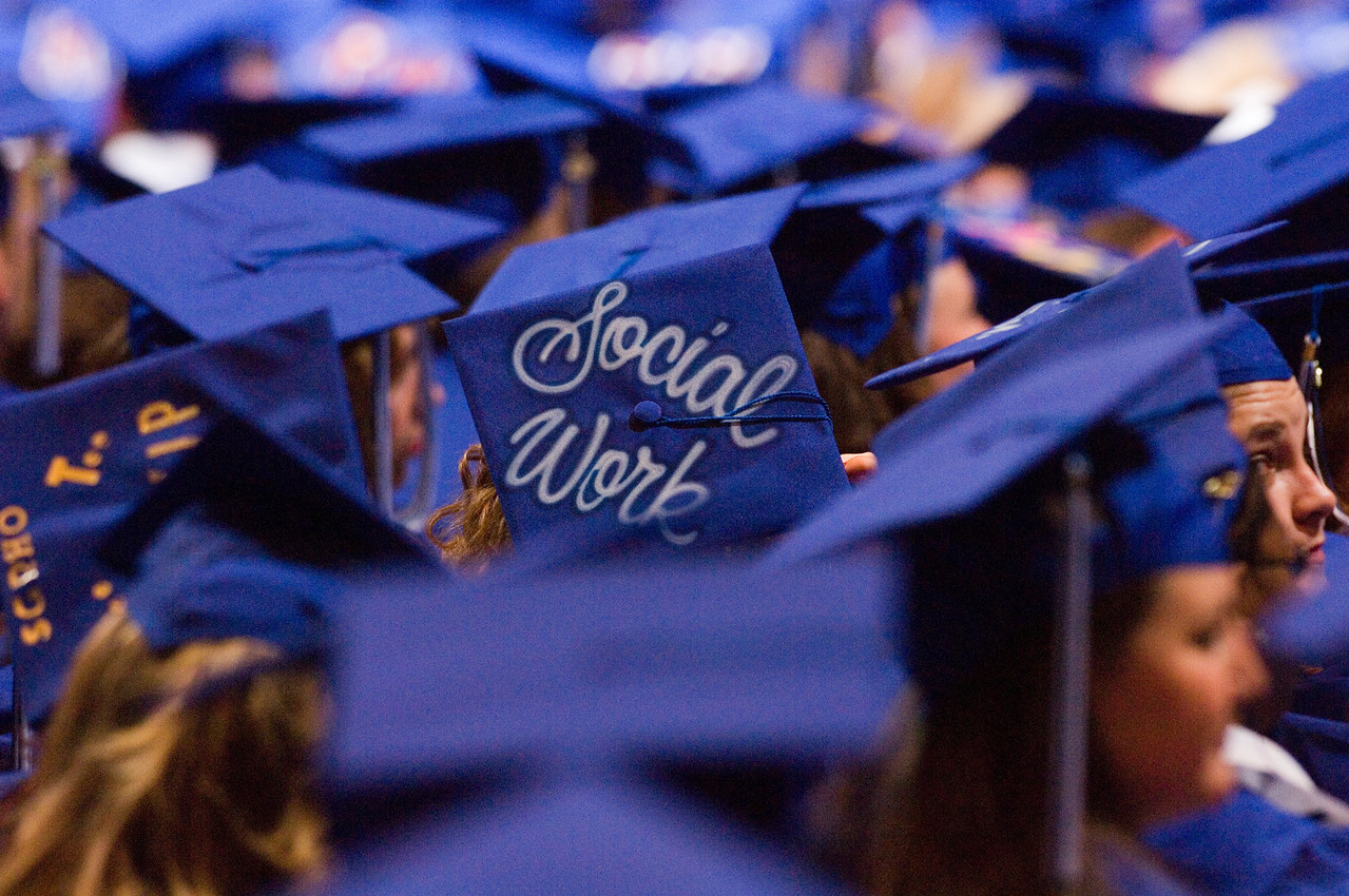 2007_spring_commencement_0631