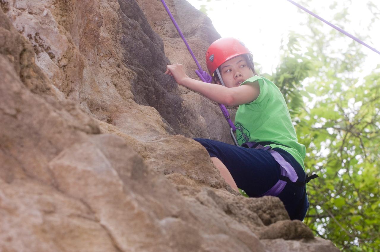 HHP_rec_sports_class_rock_climbing0025