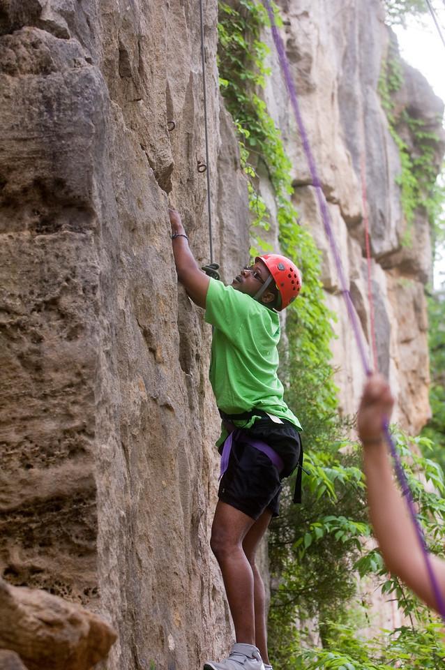 HHP_rec_sports_class_rock_climbing0135