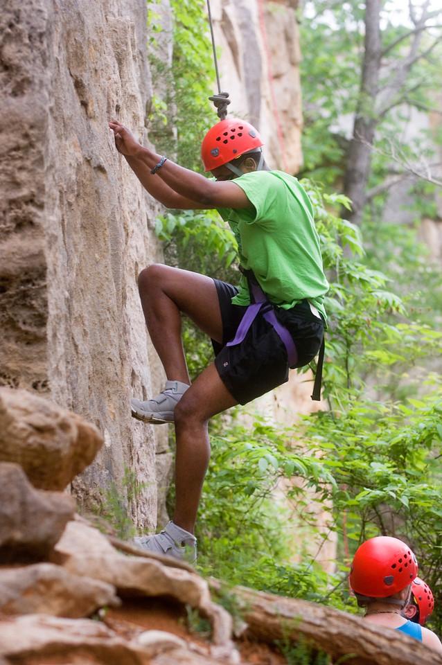 HHP_rec_sports_class_rock_climbing0139