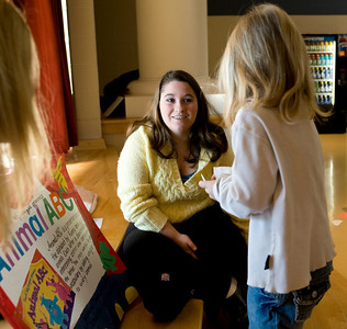 Hannah McDonald, Jnr. Elementary Ed Ashley Jones, 5 reading Animal ABC
