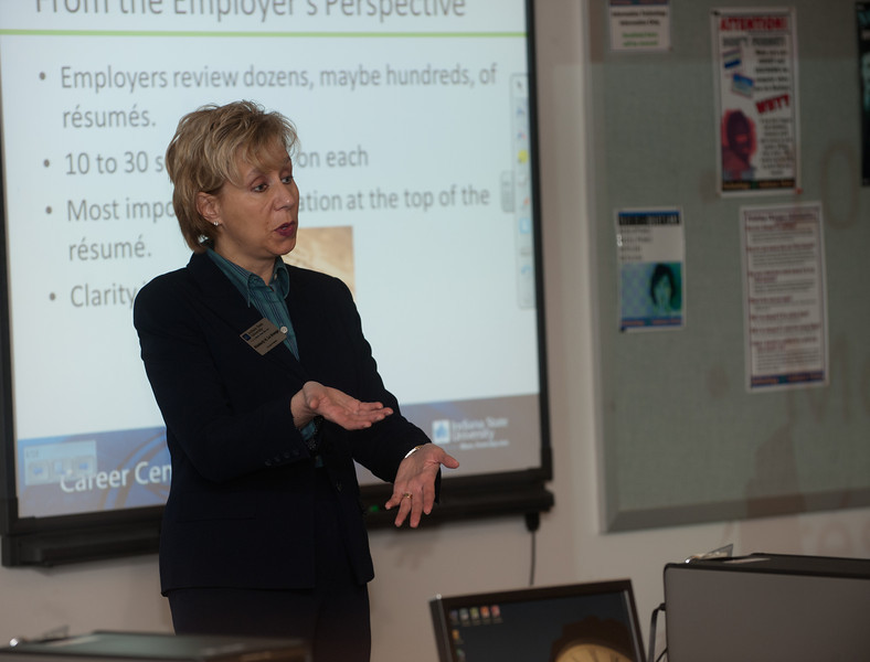 Presentation for students on how to improve resume. Event held at Computer Services