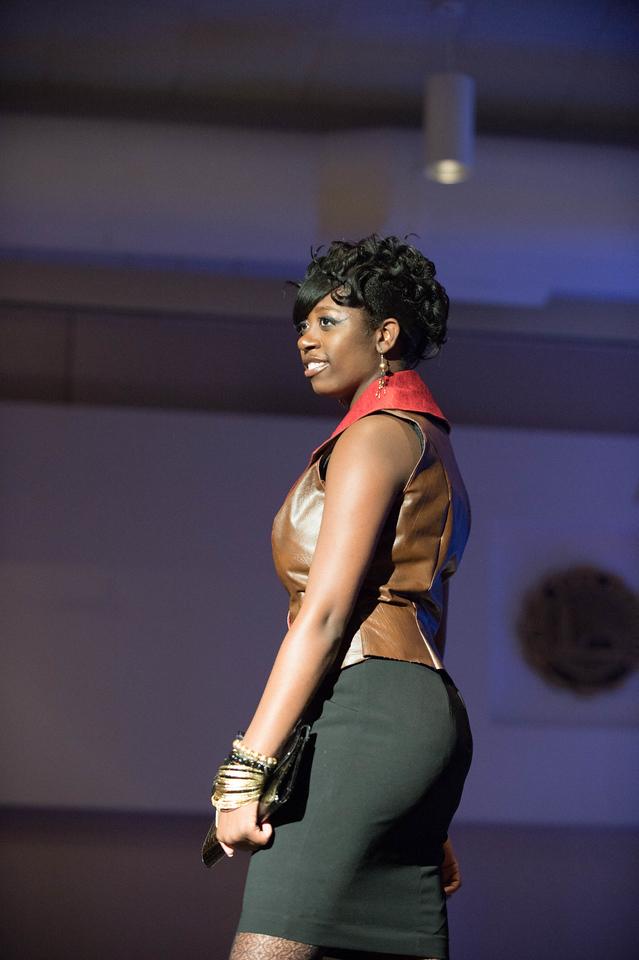 December 08, 2013 TAM Fashion Show 6558