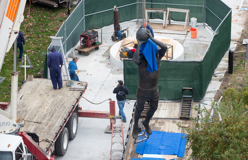 Installation of the Larry Bird Statue on the southwest corner of Hulman Center.