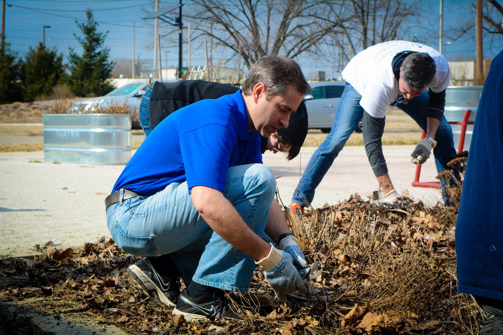 Community Garden Service Day_gibbons-5438