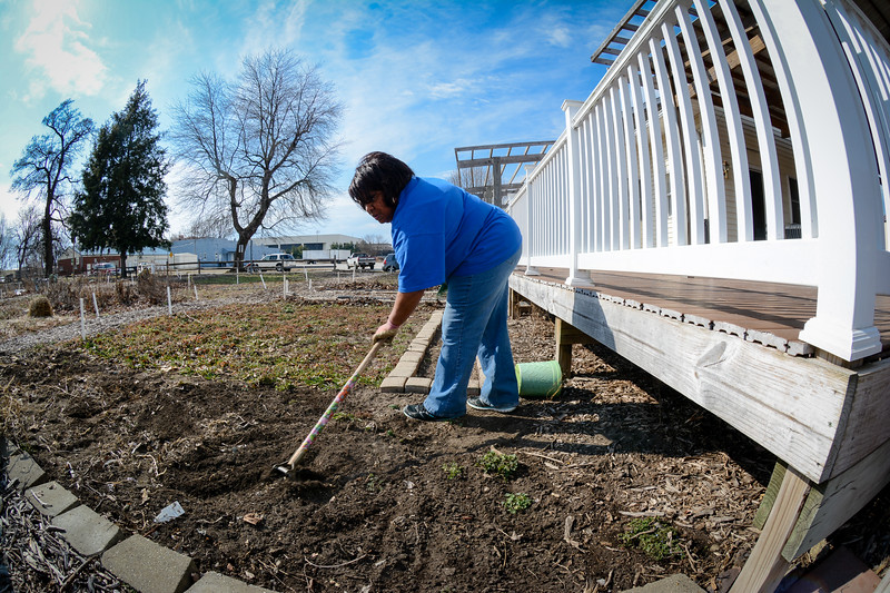 Community Garden Service Day_gibbons-5627