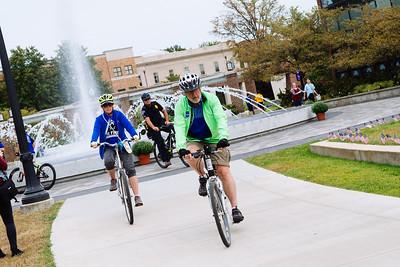 09112017_President Bradley's Bike Ride-0239
