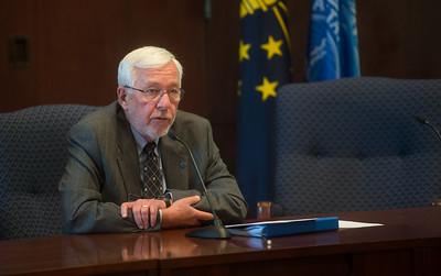 President Bradley announces retirement