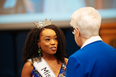 20191110_Miss Indiana Send Off-0215