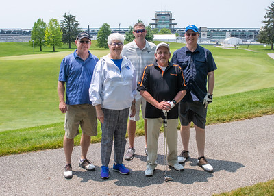 06_03_19_pres_scholars_Golf_outing-2301
