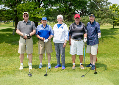 06_03_19_pres_scholars_Golf_outing-1833