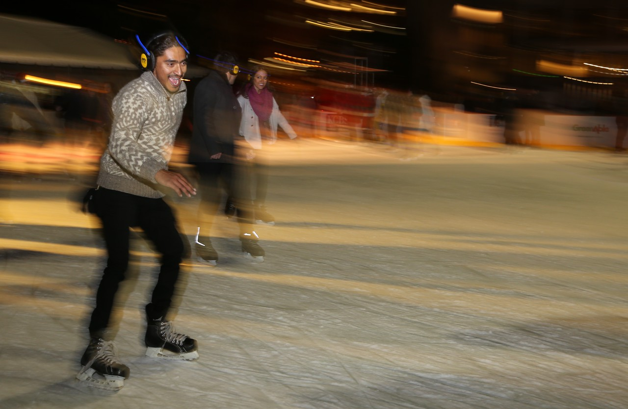 Silent Frisco Ice Skating 9