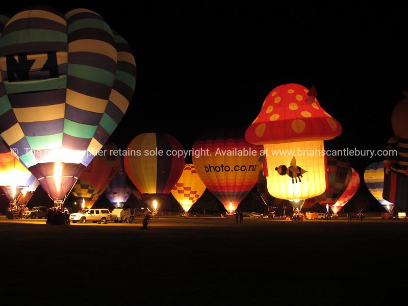 Hot air balloons, Balloons over Waikato, 2010, night glow.